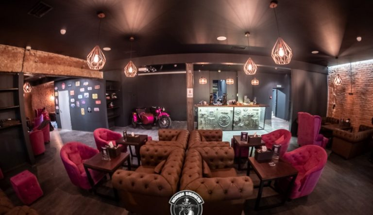Кальянная Кальянная Hookah Smokers Lounge по адресу улица Александра Солженицына